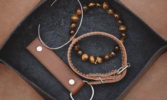 Vide poche en cuir permet de ranger des clé et bijoux